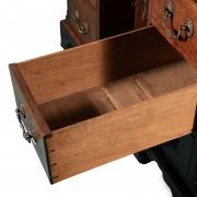 18th century Mahogany knee-hole desk-10