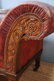 An oak framed Railway sofa - 6