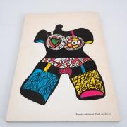 collection-of-Niki-de-Sainte-Phalle-books19