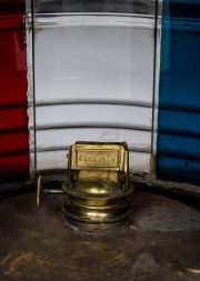Large copper navigation light9.jpg
