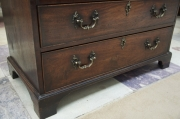 mahogany-chest-of-drawers-with-brushing-slide-2