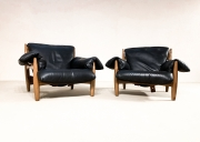 Pair-of-Sergio-Rodrigues-armchairs12