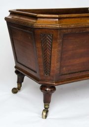 Regency mahogany cellarette3.jpg